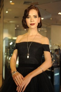 Model with Century Grace watch in 18 Kt gold made of Century Sapphire, Century Wings of Time watch-pendant, Cadeaux Jewelry Jazz II bangle, Jazz earpieces and Flamenco ring. Venue: Grand Opening of Cadeaux Jewelry at Gaysorn, Bangkok, 15th July 2015.